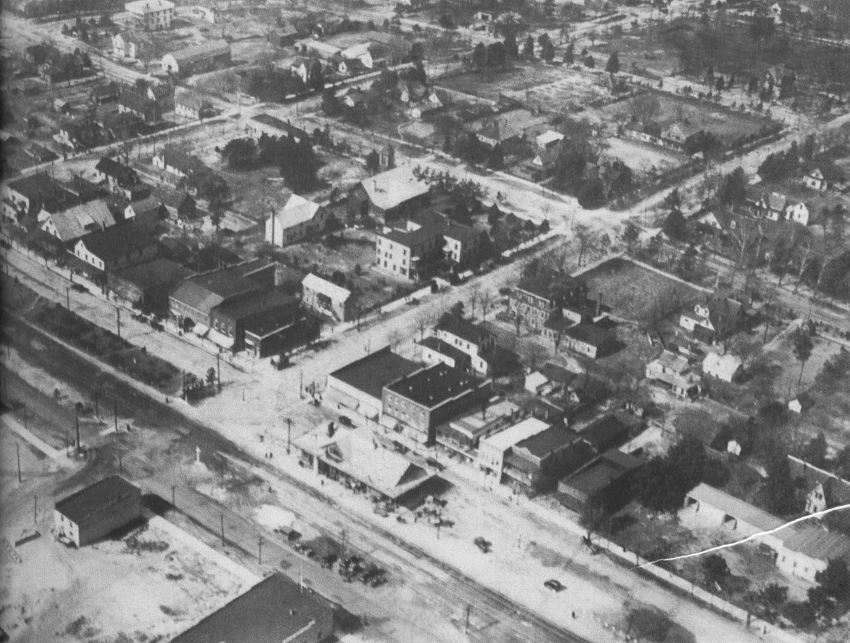 This bird's eye view by E.C. Eddy in 1920 shows most of the business district between Pennsylvania and Connecticut Avenues.